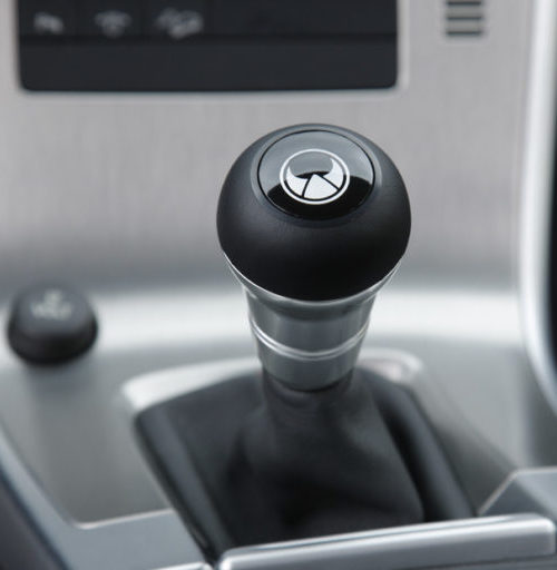 HEICO_SPORTIV_Volvo_XC60_gear_shift_knob_1-768×512